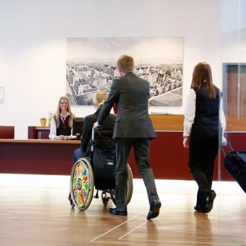 Barrierefreier Urlaub im Wellness- und Tagungshotel ARIBO in Erbendorf