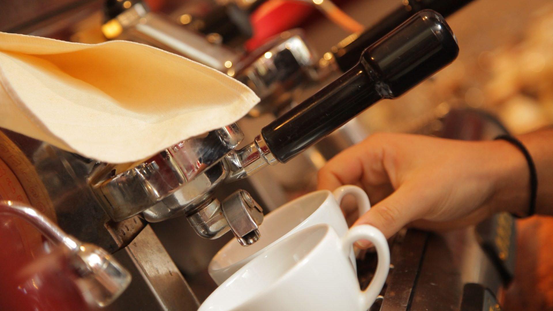Kaffee im Restaurant Pier 28